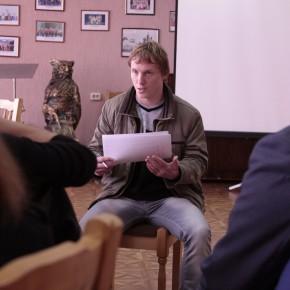 Алёна Ясинская, Михаил Шпилевский консультируют молодого режиссёра (Видеорадиус, БНТУ, Минск, Беларусь, 2011 год)