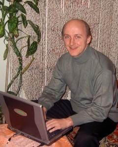 Михаил Шпилевский заноутбуком (Минск, Беларусь)