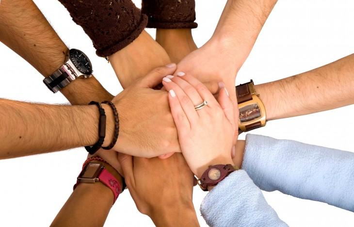 Руки сотрудничества (сайт Минской школы киноискусства)