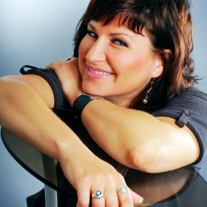 Тимохина Светлана Леонидовна— актриса, ведущий мастер сцены Белорусского государственного театра кукол, педагог посценической речи
