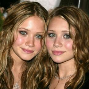 Однояйцевые близнецы— девушки