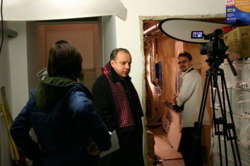 Насъёмках: режиссёр Сергей Сергиенко иактёры
