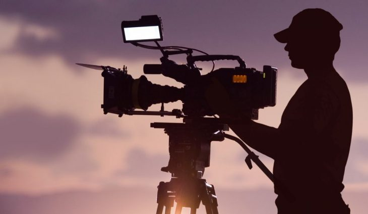 Производство: видеосъёмка (камера, объектив, осветительный прибор, штатив, оператор) (сайт Минской школы киноискусства)