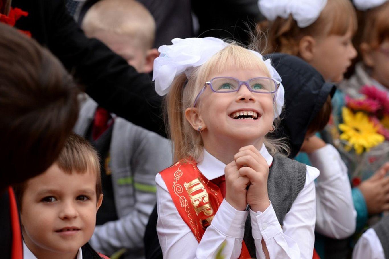 Начало учебного года: дети (девочки, мальчики) (сайт Минской школы киноискусства)