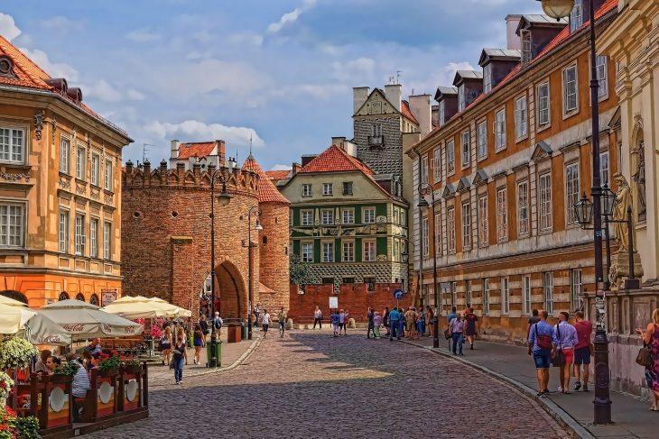 Варшава (столица Польши), старый город (сайт Минской школы киноискусства)