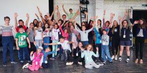 ВМинске назвали победителей Международного детского фестиваля кино ителевидения «КИНОСВЕТ». Вноминации «Телепрограмма» впрограмме «КиноЛидер» победила передача «Время спользой»