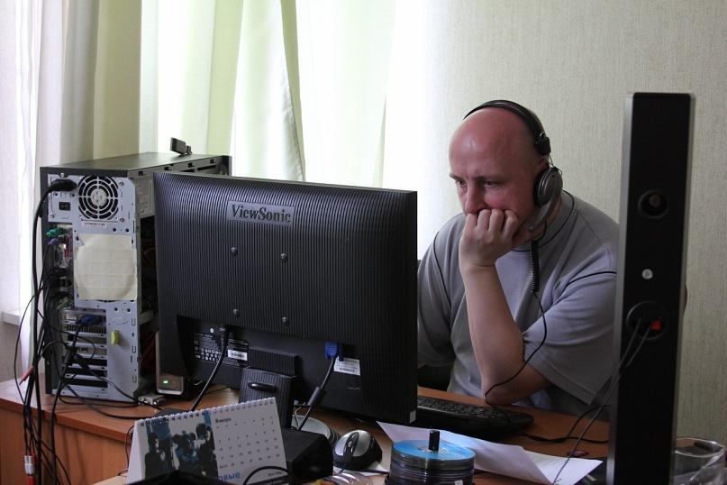 Производство клипа: Михаил Шпилевский на этапе монтажа (Минск, Беларусь, 2011 год)